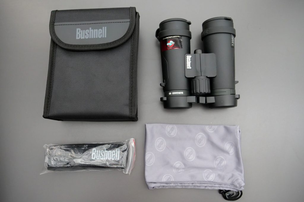 Bushnell Legend E 10x42 Kit