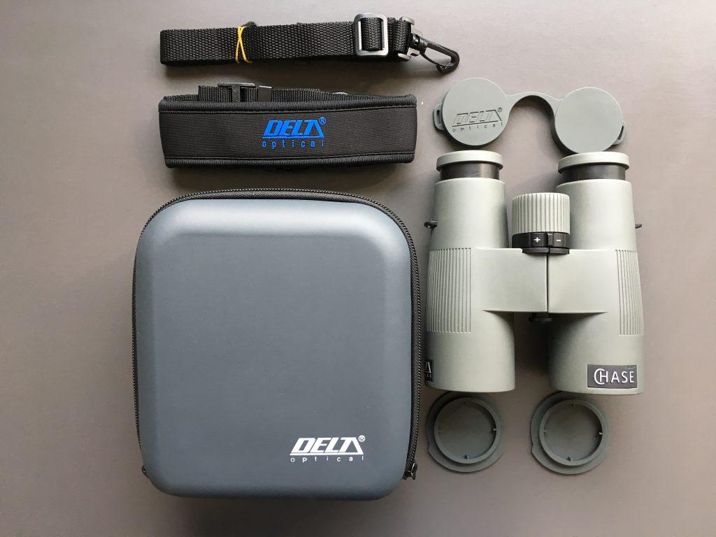 Delta Optical Chase 10x42 ED Kit